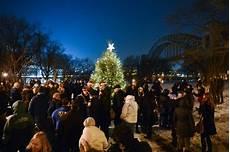 Ridgewood Christmas Tree Lighting 2018 Astoria Gets Into The Holiday Spirit With Tree Lightings