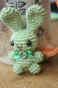 amigurumi pattern happyamigurumi amigurumi bunny brooch pattern and a free