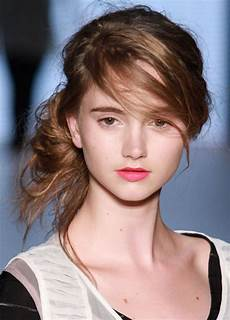 hair messy and bun hairstyle for the wow style
