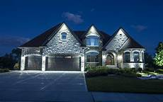 Front House Lights Residential Homes Outdoor Lighting In Chicago Il