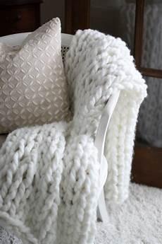 knit diy 8 diy chunky knit blanket tutorials the cottage market