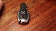 Batterie Wechseln Werkzeugteiliges by Batterie Wechseln Bei Einem Mercedes Schl 252 Ssel