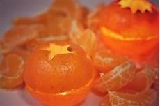 candele ornamentali come realizzare delle candele ornamentali con i mandarini