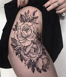 tatuagem de coxa pin by beautiful blossom on tattoos thigh hip