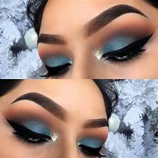 Light Blue Eyeshadow Tutorial Make Up Tutorial How To Rock An Electric Blue Eye Beauty