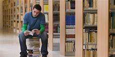 Books For College Graduates The Commencement Speech All English Majors Need To Read