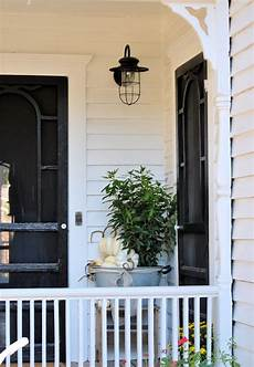 Farmhouse Front Porch Lights Laurieanna S Vintage Home Farmhouse Friday 5 Farmhouse