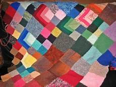 handarbeiten patchworkdecke aus restewolle