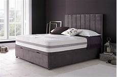 the features of the empire ottoman bed are divan