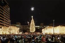 Mayor S Christmas Tree Lighting Kansas City Mayor S Christmas Tree Lighting Ceremony Crown Center Events