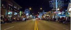 Gatlinburg Of Lights Parade Visit The Smoky Mountains In January For The Best Deals