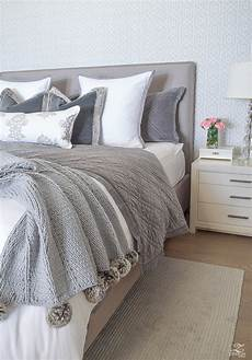 6 easy steps for a beautiful bed zdesign at home