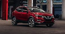 nissan rogue 2020 2020 nissan rogue sport brings more sleekness safety to