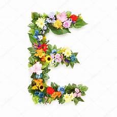 letras con flores im 225 genes letra e con flores letras de hojas y flores