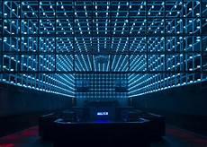 Led Light Installation New Brazilian Nightclub Has Movement Sensitive Led Light