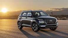 2020 Hyundai Suv by 2020 Hyundai Venue Is A Small Suv With Big Appeal Roadshow