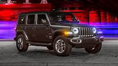 2019 vs 2020 jeep wrangler jeep wrangler is the 2019 motortrend suv of the year
