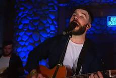 Bud Light House Party 2019 Calgary Watch Sam Hunt Debuts Brand New Song Sinning With You