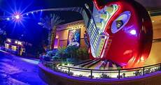 Rock N Roll Roller Coaster Lights On 8 Totally Cool Things About Rock N Roller Coaster