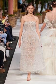 Malvorlagen Winter Versace Oscar De La Renta 2020 Fr 252 Hjahr Sommer Oscar