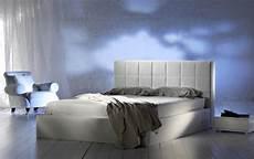 da letto lussuosa da letto moderna lussuosa fotografia stock