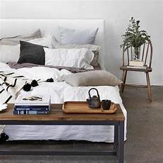 the top best ways to decorate the end of your bed