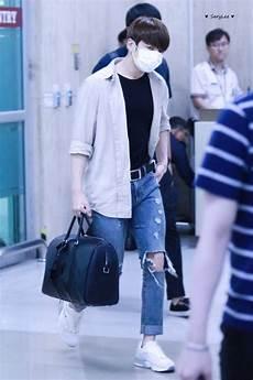 jungkook s airport fashion jungkook fanbase amino