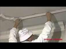cornici per soffitto montaggio di cornici a soffitto linea gesso a s f