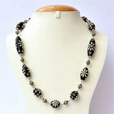 Different Bead Necklace Designs Handmade Necklace With Black Beads Metal Flower