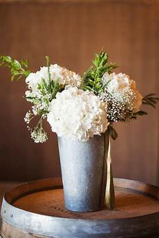 diy wedding flowers on a budget 7 tips for creating diy wedding flowers on a budget