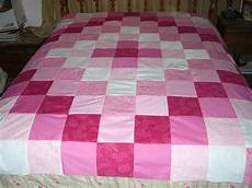 make an easy weekend patchwork quilt topper 2