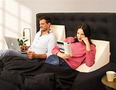 cuscino per funziona cuscino a cuneo cuscino ad angolo per letto