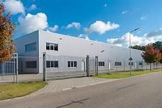 capannone industriale prefabbricato costi e idee per costruzione capannoni industriali