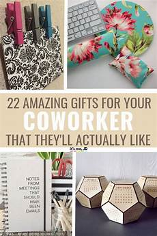 Gifts For Office Colleagues 22 Best Gifts For Coworkers Gift Ideas For Your Colleagues