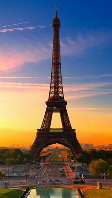 eiffel tower wallpaper for iphone eiffel tower at iphone 5s wallpaper