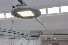 lade a led per capannoni industriali illuminazione led per capannoni industriali f lli franchini