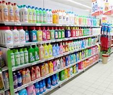 scaffali negozi scaffalature arredo supermercati ferramenta svizzera ticino