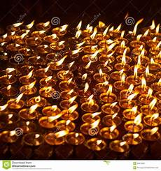 candele chiesa candele della chiesa a kathmandu immagine stock immagine