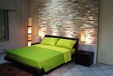 da letto con parete in pietra mobili lavelli fare una parete in finta pietra