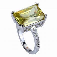 Light Green Stone Rings 100 Off Jewelry Sold Light Green Stone Ring Size 8 From