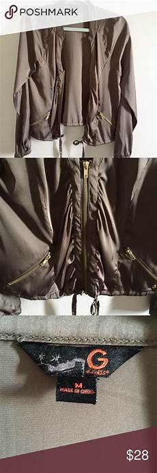 guess jacket thin material gold color zipper it s not