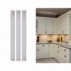 Lancashire Furniture White Cupboard With Led Lights And White by Black Decker 9 In Led Warm White 2700k Dimmable 3 Bar