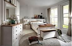 schlafzimmer kiefer weiß schlafzimmer komplett mit bett 140x200 kiefer wei 223