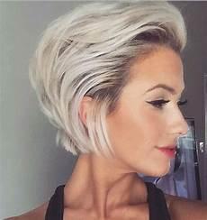 kurzhaarfrisuren 2018 aschblond 15 belles coupes courtes 2018 coiffure simple et facile