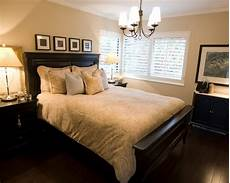 Master Bedroom Ideas Traditional How To Make A Small Bedroom Look Bigger Home Decor Help