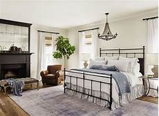 Joanne Designs 7 Dreamy Bedroom Tips From Professional Homebody Joanna