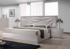 Modern Headboard Lacquered Leather Modern Platform Bed With Storage