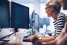 Computer Programmers Careers Videos Building Computer Vision Models With Python And