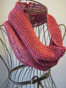 balls to the walls knits sweet strawberry cowl