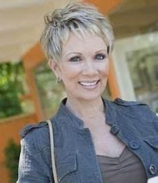 moderne frisuren damen ab 60 15 pixie hairstyles for pixie